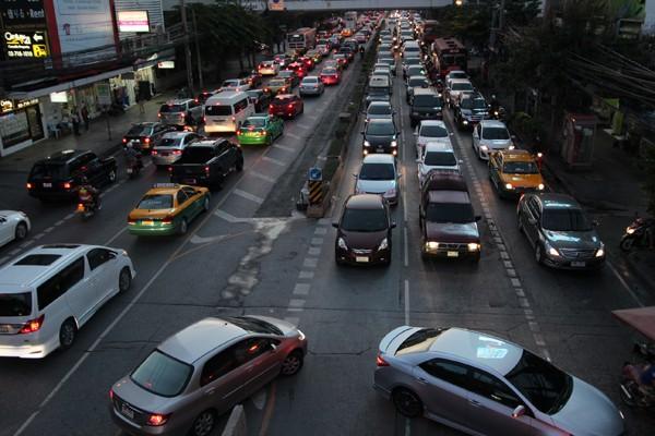 バンコク市内の交通